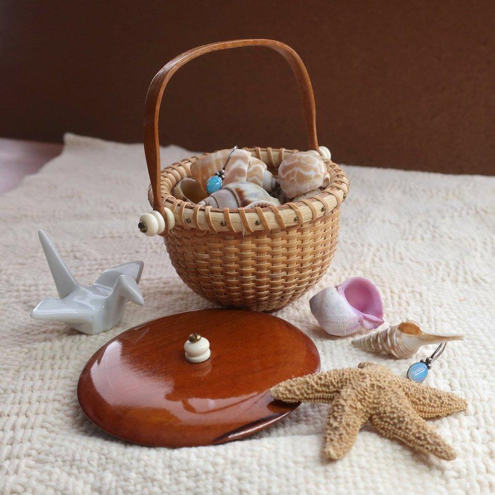 Tiny Nantucket basket