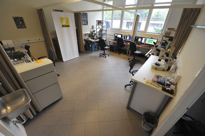 Nikon Microscopy Center at IEM, 2012
