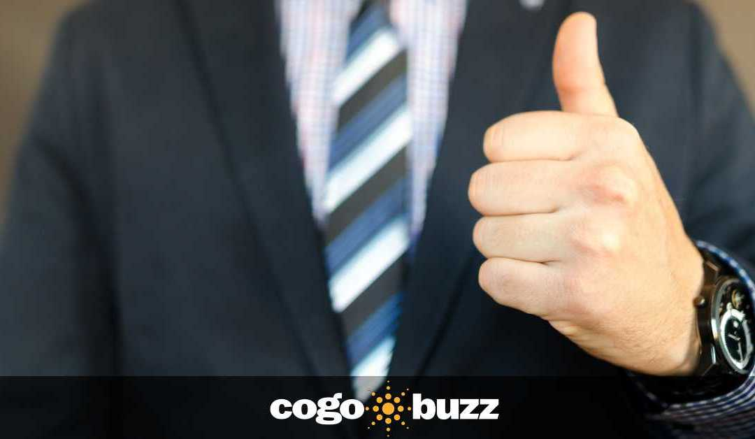 """HubSpot: """"7 Strategies to Promote Positive Customer Reviews for Your Brand or Business"""""""