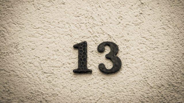 10 superstições e a sua origem