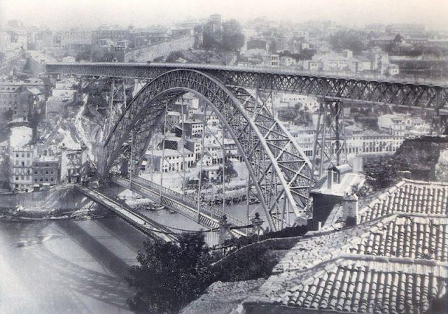 Ponte D. Luís I faz 131 anos