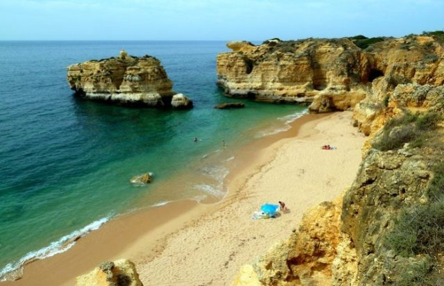 16 fantásticas praias secretas do Algarve
