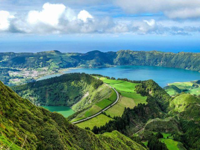 O que está por trás dos 300 sismos dos Açores