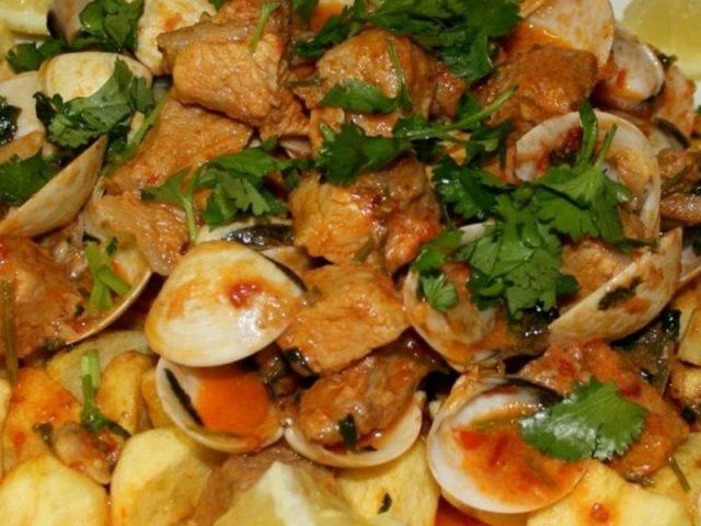 Carne de Porco à Alentejana: origem e receita