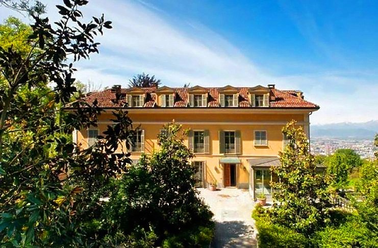 db9e56097f9ea Ronaldo quer viver nesta mansão de luxo em Itália | ncultura