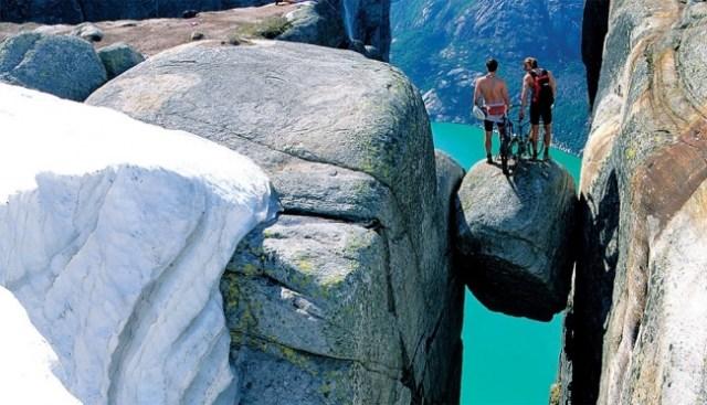 É português um dos 11 miradouros mais extremos e impactantes do mundo