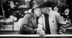 Língua Portuguesa: 9 Escritores elegeram os Melhores Poemas de Amor