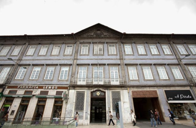 Hospital da Ordem do Carmo, no Porto, será convertido num hotel de cinco estrelas