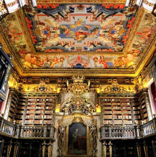 o rei que está na origem da biblioteca mais bela