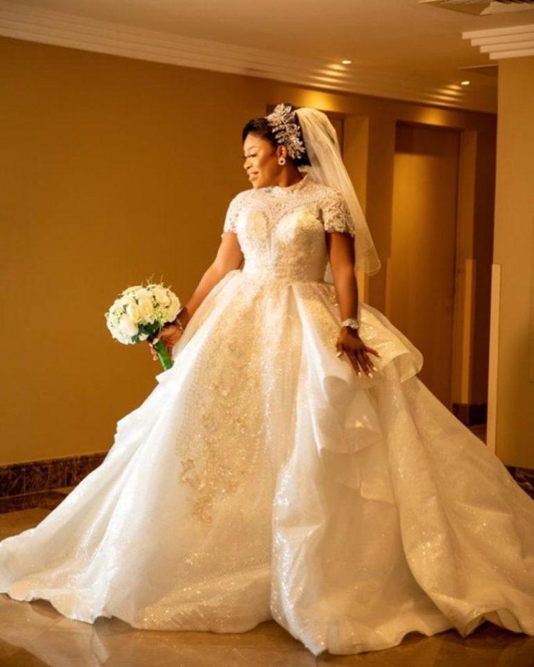 wedding dress style michi gabbi