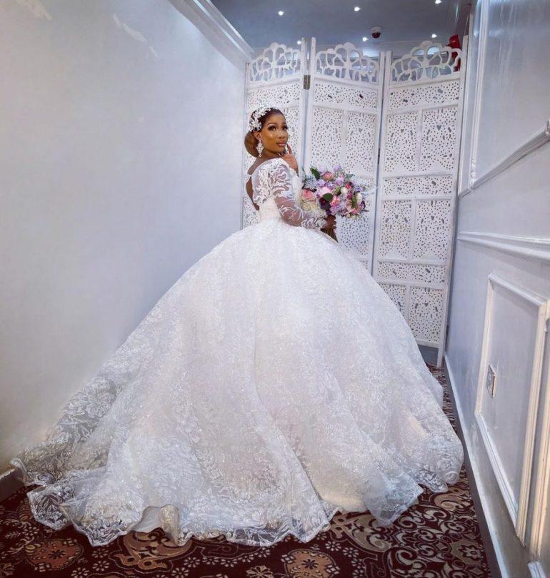open back ball gown wedding dress