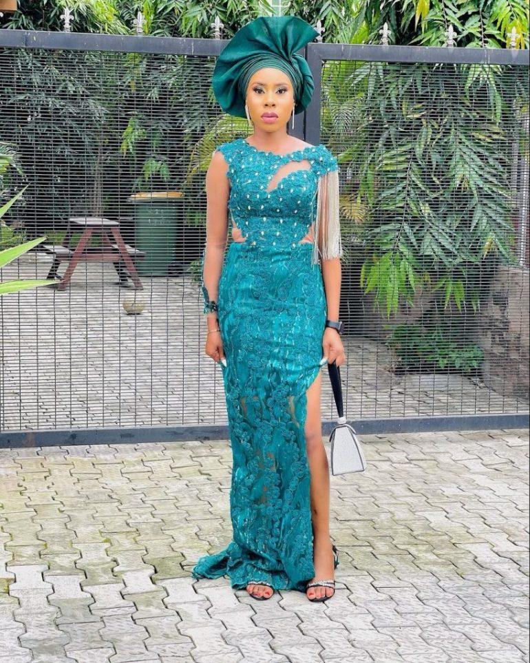 asoebi lace dress