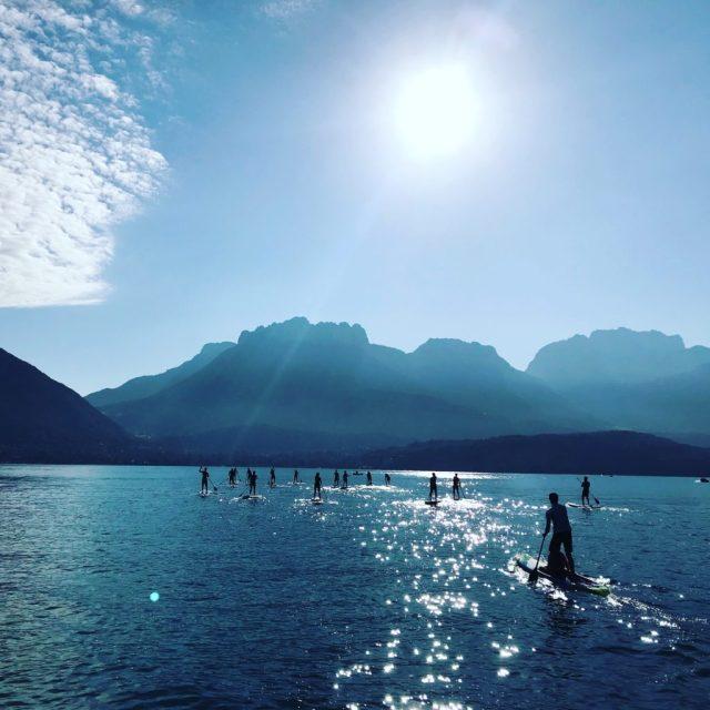 Traversée du lac d'Annecy en paddle