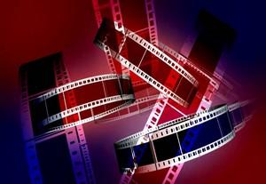 """Les collégiens (participant ou non à l'aumônerie) peuvent se réunir une fois par mois autour d'un film le vendredi de 19h15 à 22h à NDA. Après la présentation et la projection du film, un échange est lancé entre les collégiens et l'équipe animatrice. Les séances se termineront à 22h par une prière avec les parents et les participants. Tous les collégiens sont les bienvenus. <a href=""""https://ndanges33.fr/cine-collegiens-nda-2021-2022/"""" target=""""_blank"""" rel=""""noopener"""">Pour en savoir plus ...</a>"""