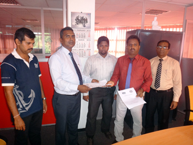 NDES alumni MOU sign with sei campus (5)