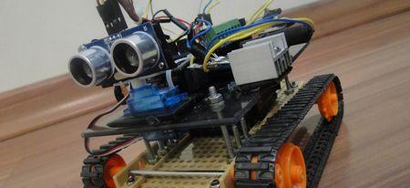 Arduino-Uno-Robot