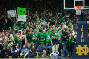 Students react after Notre Dame scores. Michael Yu | The Observer
