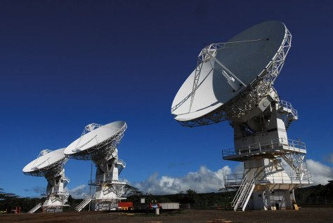 Located at Naval Computer and Telecommunications Area Master Station Pacific, Wahiawa, Hawaii, Mobile User Objective System is next-generation narrowband tactical satellite communications system intended to significantly improve ground communications for U.S. forces on the move, November 3, 2008 (U.S. Navy/John W. Ciccarelli, Jr.)