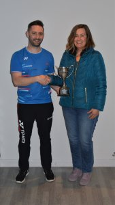 League Chair, Steven Chappell presenting the Ladies Division 1 trophy to Robin Martin from Fetteresso