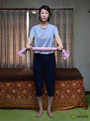 五十肩リハビリ-タオル1