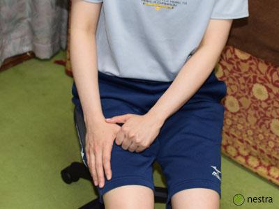 母指CM関節症ストレッチ1