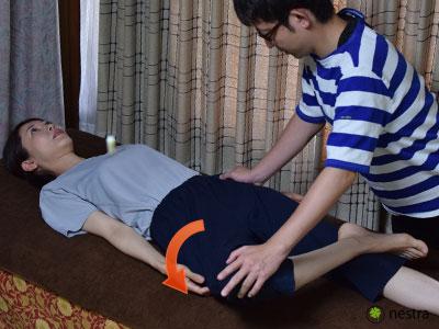 腰の痛みテスト-パトリック1