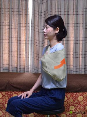 三角巾-巻き方10