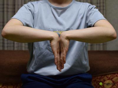 手根管症候群検査ファーレンテスト