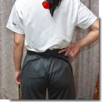 男性腰痛アイキャッチ