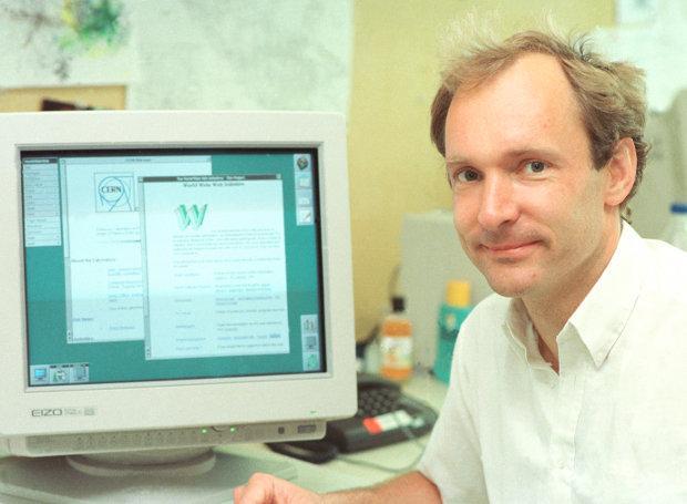 Tim_Berners_Lee Παγκόσμιος Ιστός: Η εποχή της πληροφορίας