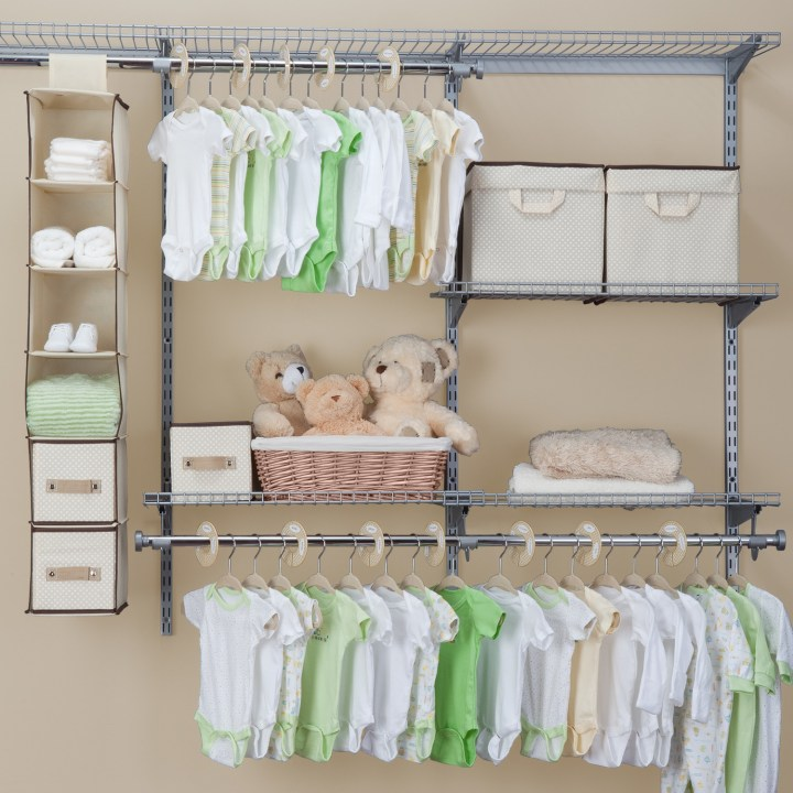 Hanging Clothes Storage