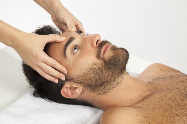 Cosmética ecológica para el cuidado de la piel masculina