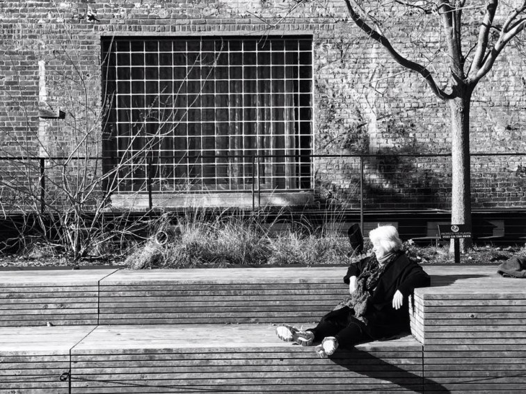 woman-on-bench
