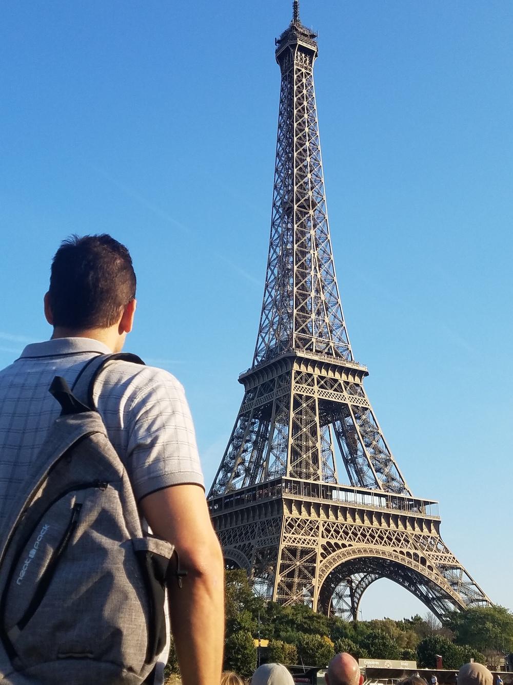 sling bag neatpack Eiffel tower