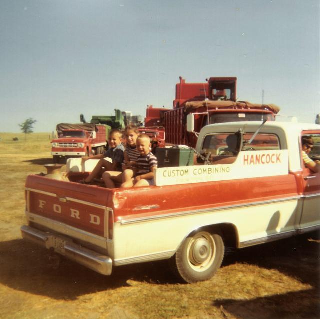 hancock-harvest-1971_001