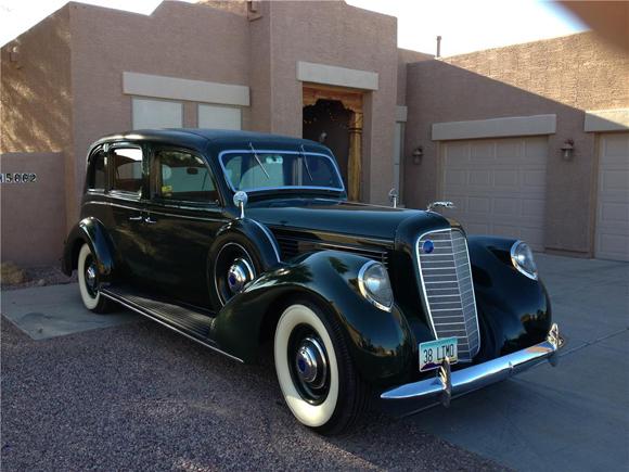 Lot 481 - 1938 Lincoln Limousine