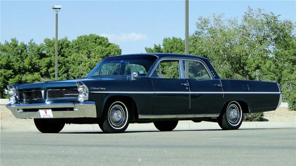 Lot 350 - 1963 Pontiac Star Chief 4 Door Sedan