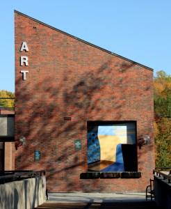 art building at mount holyoke