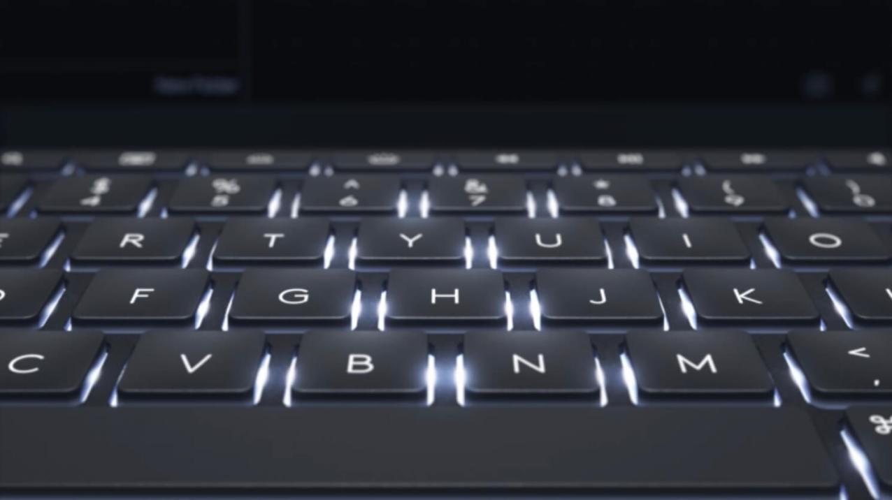 Apple純正品にはないバックライト機能は明るさ3段階