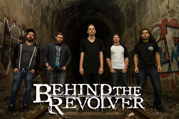 behind the revolver - reminis - pict