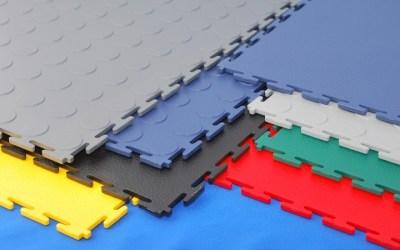 Biztonságos padló modulos PVC burkolattal, ipari használatra!