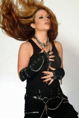 تصاویری از سپیده افشار خواننده ایرانی مقیم امریکا....ادامه تصاویر را در سایت ببینید