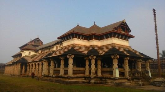 ത്രിഭുവന തിലക ചൂഡാമണി ബസ്തി