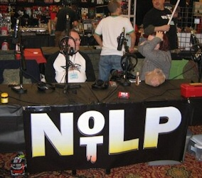 horrorhound-notlp-table