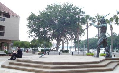 Widge vs. the Neptune statue at Shelter Cove Marina in Hilton Head