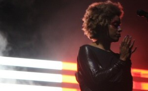 Martina Topley-Bird, live with Massive Attack