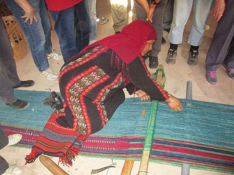 PikiWiki_Israel_33664_Negev_Weaving_in_Lakiya