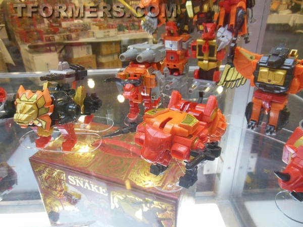 transformers=botcon-2013-generatations-prime-paltinum (107)__scaled_600