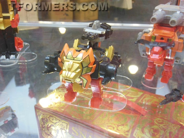 transformers=botcon-2013-generatations-prime-paltinum (113)__scaled_600