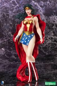 Wonder Woman ARTFX Statue (2)